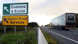 """Брекзит без сделка значи """"твърда"""" ирландска граница, заяви еврокомисията"""