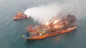 Горящите в Азовско море танкери са санкционирани от САЩ за снабдяване на Сирия (видео)