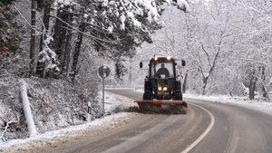 Рудозем обяви бедствено положение заради снега, села в Смолянско са без ток