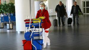 Властите пуснаха онлайн анкетна карта за пристигащите от страни с коронавирус