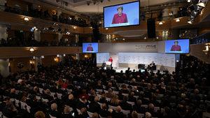 Меркел призова за включване на Китай в международните преговори за разоръжаване