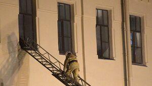 Срути се част от сграда на уневирситета в Санкт Петербург