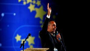 Популисткият вицепремиер на Италия върви към създаването на нова група в европарламента