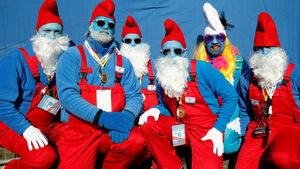 Фотогалерия: Най-голямата среща на смърфове в света