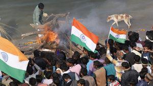 След атентата в Кашмир много индийци се сплотяват около премиера