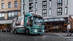 """""""Волво"""" започва да приема поръчки за електрическите си камиони"""