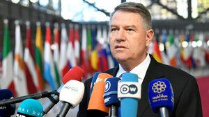 Румънският президент отказа да одобри проекта за бюджет, нарече го национален позор