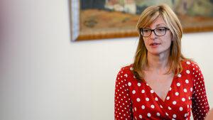 България е против военна намеса във Венецуела, обяви Екатерина Захариева