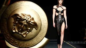 Фотогалерия: Карл Лагерфелд беше почетен на Седмицата на модата в Милано