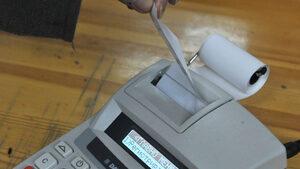 След промяната за новите касови апарати данъчните напомнят сроковете на бизнеса