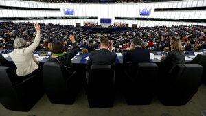 Европарламентът не успя да се разбере за започването на търговски преговори със САЩ