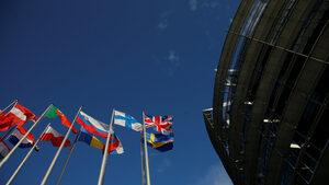 """Европарламентът поиска европейски закон """"Магнитски"""""""