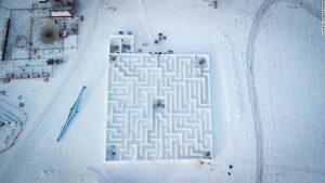Най-големият снежен лабиринт в света вече е туристическа атракция