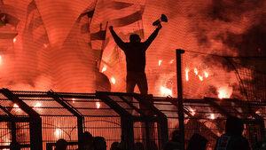 Ще се справи ли германският футбол с нарастващата омраза по трибуните