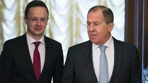 Унгария обяви, че Русия гарантира доставки на газ, дори транзитът през Украйна да спре