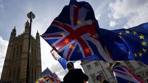 """""""Параграф 22"""": Новите проблеми на българите в Лондон"""