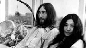 """Изминаха 50 години от """"мирния протест в леглото"""" на Джон Ленън и Йоко Оно"""