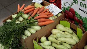 """Фермерският пазар на ул. """"Оборище"""" вече ще е всеки месец"""