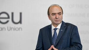 Заради промени в Наказателния кодекс румънският правосъден министър предложи оставката си