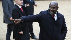 Змии попречиха на президента на Либерия да отиде на работа