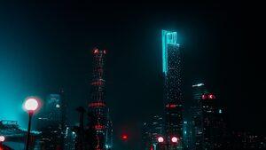4+1 | За самотата в големите градове, последиците от замърсяването с фармацевтични продукти и още