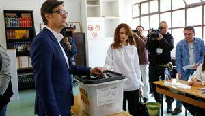 Кандидатът на Заев е с минимална преднина на президентските избори в Северна Македония