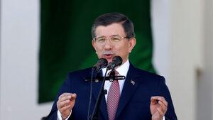 Бившият турски премиер критикува остро подхода на Ердоган в партията