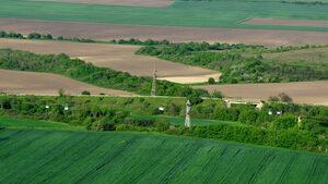 Пазарът на земеделска земя e в полето на изчакването