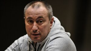 Станимир Стоилов поема китайски отбор със супердоговор