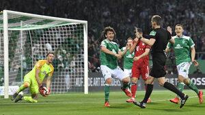Дузпата, която предизвика вълнения в германския футбол