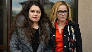 Иванчева и Петрова се оплакаха, че личните им карти са загубени и не могат да гласуват