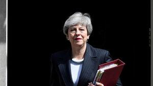 Тереза Мей успя да ядоса мнозина с новия си план за Brexit