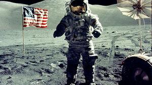 4+1 | За фактите и политическите обрати зад Аполо 11, за историите на загиналите в Антарктика откриватели и още