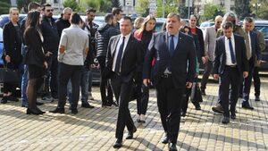 ВМРО закри кампанията си с хоро в Елин Пелин
