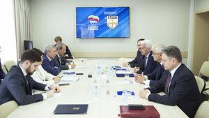 """Сидеров отведе делегация на """"Атака"""" в Москва часове преди евровота"""