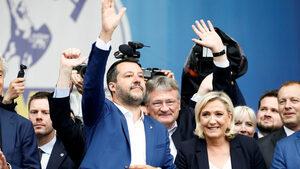 """Новата група на крайнодесните в Европарламента ще се казва """"Идентичност и демокрация"""""""