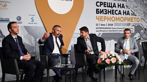 Бърза връзка Бургас - Варна трябва да стане със или без държавата, смятат кметовете