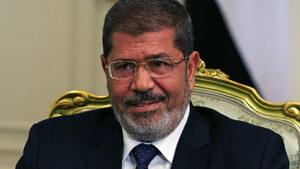 Бившият египетски президент Мохамед Морси почина в съда (обновена)