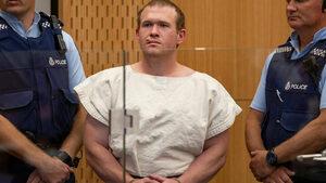 Новозеландец влезе в затвора за споделяне на видео от атентат