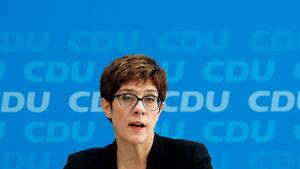 """Партията на Меркел изключи сътрудничество с """"Алтернатива за Германия"""""""