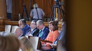 Павел Шопов към Панов: Шефовете на съдилища отговарят за сградите и чистачките