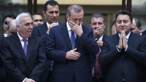 """""""Бебешкото лице"""" и икономиката - неочаквано лоша комбинация за Ердоган"""