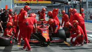 Животът на героите в сянка: какво коства да бъдеш механик във Формула 1