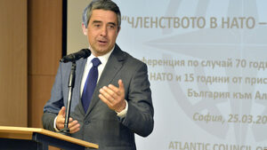 """Ако """"Фолксваген"""" изберат Турция, това ще изпрати лош сигнал, смята Плевнелиев"""