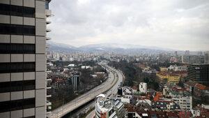 """От понеделник се възстановява движението по софийския булевард """"България"""""""