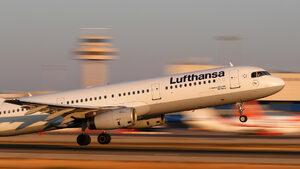 """Шефът на """"Луфтханза"""": Въздушният транспорт ще се сведе до дванайсетина авиокомпании"""