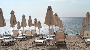 """Чадърът на къмпинг """"Черноморец"""" ще струва до 6 лв., а на """"Поморие изток"""" - до 7 лв."""