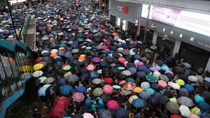 """""""Онази паплач в Хонконг"""" - как гледат в Китай на протестите"""