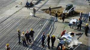 Строителите искат да работят и между 14 и 16 ч.