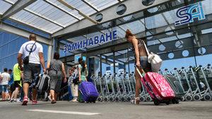 Ужасна организация мъчи пътниците на летище София